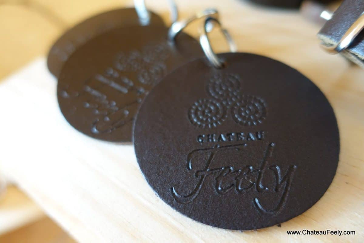 Leather Chateau Feely key ring