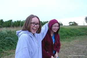 Sophia and Ellie Feely of Chateau Feely take part in their first hand harvest 2017