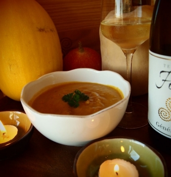 Thanksgiving Vegan Butternut Squash Soup Recipe and wine pairing
