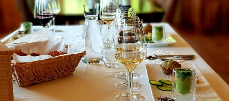 How to sense the 5 components of wine for wine and food pairing