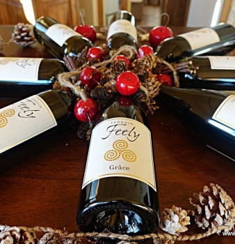 Get that Feely feeling with fine organic wine this Christmas
